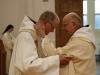 Baiser de paix à Dom Jacques
