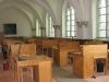 Le Scriptorium est vidé pour devenir chapelle provisoire.