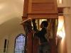 Le meuble lui-même est révisé et renforcé;