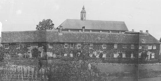 1839 façade Sud après la construction de l'église