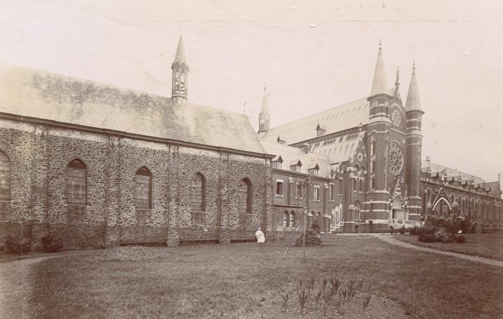 1898 St Constance lors de la consécration de l'église abbatiale