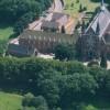 1997 Vue aerienne Abbaye et Eglise Saint Constance