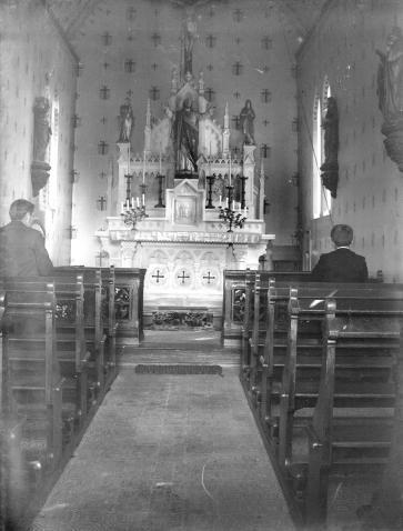 Chapelle de la Passion, vue Intérieur, avec le Christ au-dessus de l'autel
