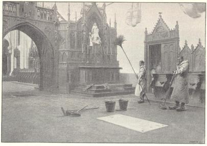 Eglise en 1900 et la pierre tombale dans le choeur des frères convers