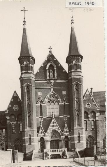 Mont des Cats, façade restaurée après la guerre de 1914-1918