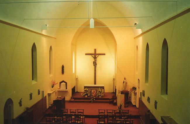 Intérieur de l'Eglise Saint Constance, 2000