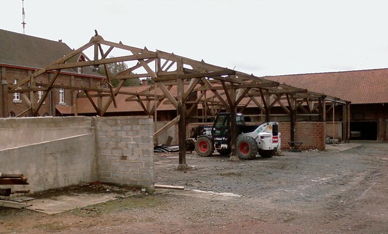 Demolition hangar pour infirmerie 2009