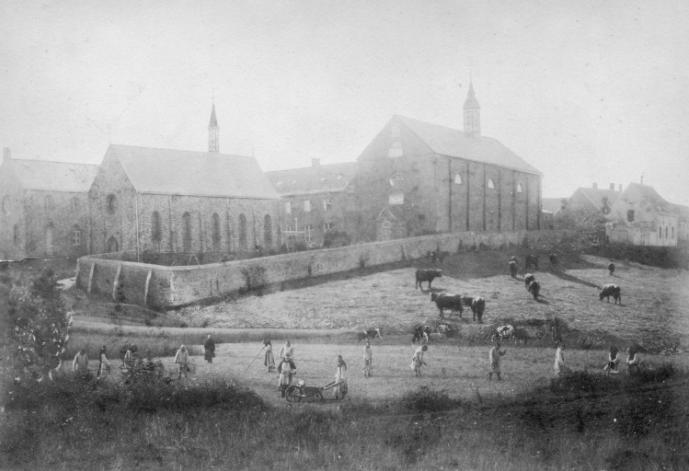 L'abbaye du Mont des Cats vers 1870, face Nord