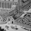Projet Destombes, Gros-plan sur l'entrée du monastère