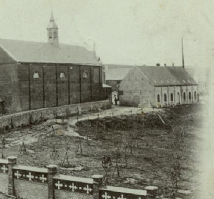 1891 gros-plan la brasserie agrandie (différence de couleur de toit)