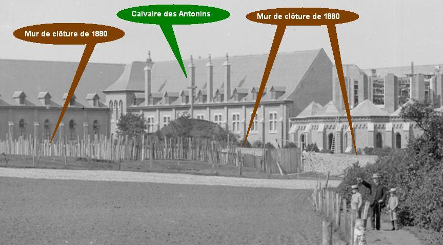 1894 ancien mur de clôture côté Sud, gros-plan de la photo précédente