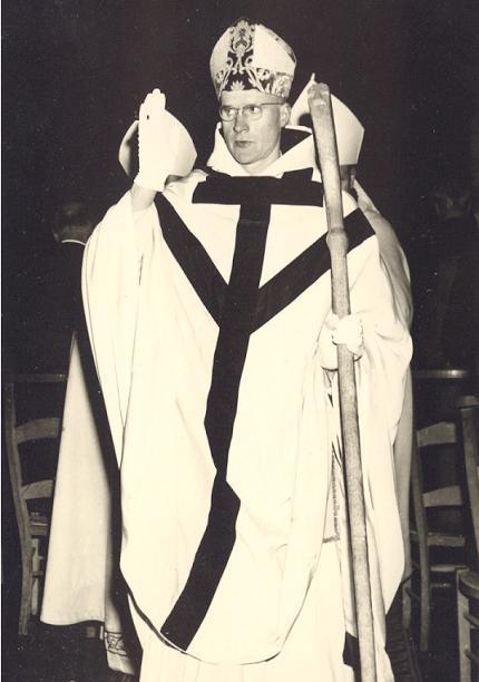 1963, Bénédiction abbatiale de Dom André Louf, avec la nouvelle crosse
