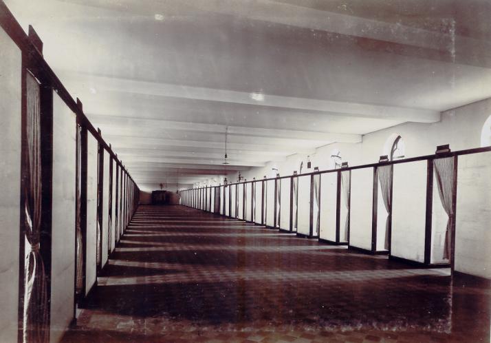 Le grand dortoir, au-dessus du réfectoire