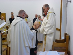 Prière sur Félix avant de recevoir l'habit de novice