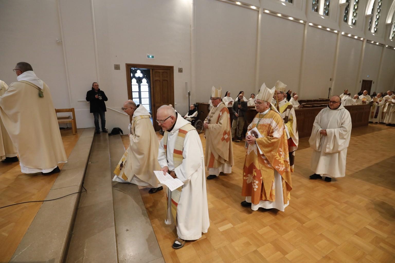 Les évêques